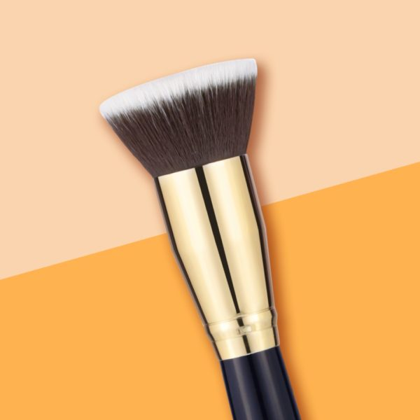 Make up brushes for foundation